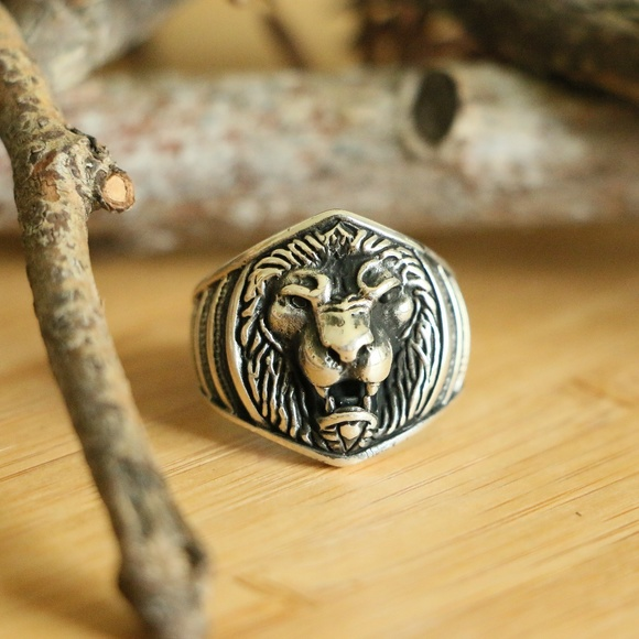 Grand Bazaar Jewlers Other - 925 Sterling Silver Lion Head Men's Ring Animal